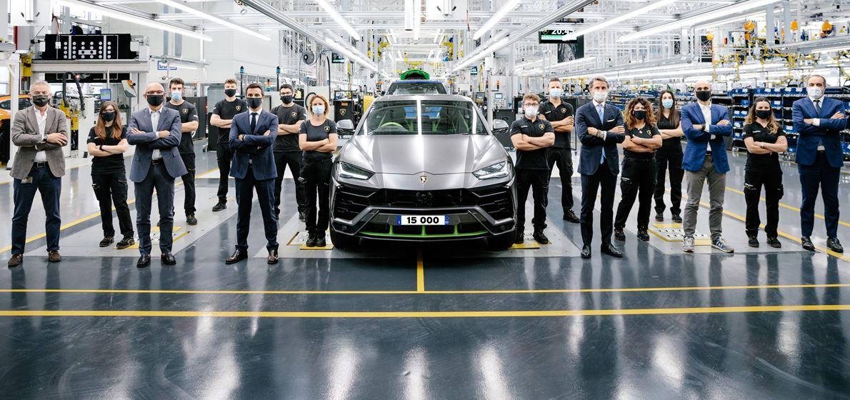 Automobili Lamborghini celebrates the 15,000th Urus