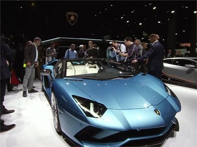The new Aventador S Roadster: Breathtaking performance with open-air driving sophistication - New content available