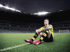 PUMA INTRODUCES NEW evoSPEED 1.3 COLOURWAY - Lightweight Speed Boot Released in Bright Plasma, White and Peacoat