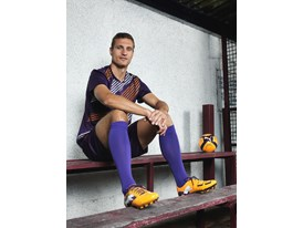 Nemanja Vidic Wears the New PowerCat 1 FG