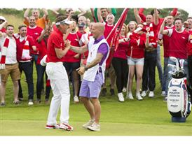 Ian Poulter Gets Support From Arsenal Fans and Freddie Ljungberg Before British Open_1