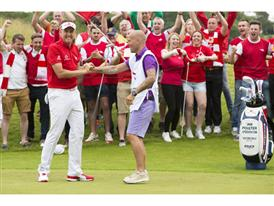 Ian Poulter Gets Support From Arsenal Fans and Freddie Ljungberg Before British Open_2
