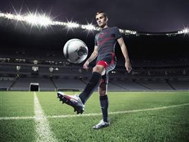Antoine Griezmann wears PUMA's new evoSPEED 1.3_Q2_07