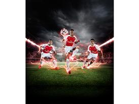 PUMA Launches the 2015-16 Arsenal Home Kit Cazorla Ozil Sanchez 1