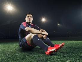 Sergio Aguero wears the new PUMA evoSPEED SL Football Boot_8