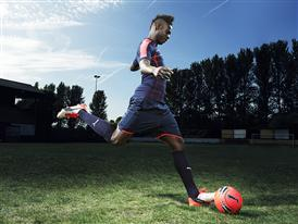 Mario Balotelli wears the new PUMA evoPOWER 1.2 Football Boot 1