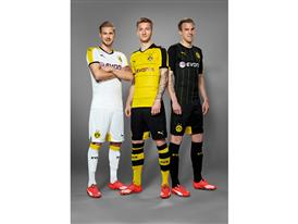 BVB Players Kirch, Reus and Grosskreutz in the New Home Shirt.