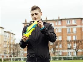 Marco Verratti wears the new evoSPEED SL 3