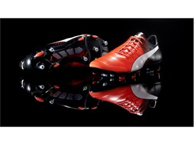 PUMA launches the new evoPOWER boot_on Black_2