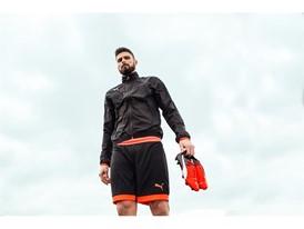 Giroud wears the new evoPOWER boot_3
