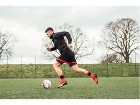 Giroud wears the new evoPOWER boot_11