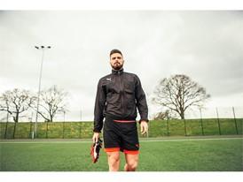 Giroud wears the new evoPOWER boot_1