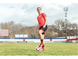 Antoine Griezmann wears the new evoSPEED boot_5