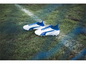 PUMA UNVEILS LATEST evoTOUCH IN STRIKING NEW COLOURWAY_Environment_7