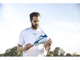 PUMA UNVEILS LATEST evoTOUCH IN STRIKING NEW COLOURWAY_Fàbregas_1