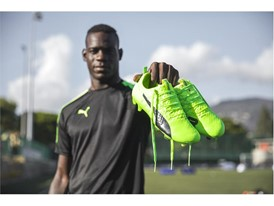 MARIO BALOTELLI WEARS THE PUMA evoPOWER VIGOR 1_2