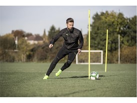OLIVER GIROUD WEARS THE PUMA evoPOWER VIGOR 1_4