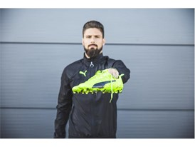 OLIVER GIROUD WEARS THE PUMA evoPOWER VIGOR 1_12