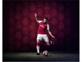 17AW_TS_AFC_xAction-Home_Giroud