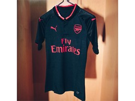 17AW_DIGITAL_TS_Football_Step-Out_xShirt-Only-Arsenal_2