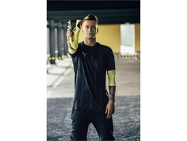 18SS_CONSUMER_TS_Football_FUTURE_Q1_Portrait_Reus_0503