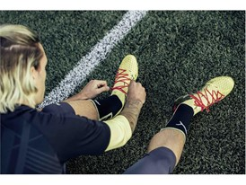 18SS_CONSUMER_TS_Football_FUTURE_Q1_Product-lacing_Griezmann_0276