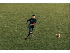 18SS_CONSUMER_TS_Football_PUMAONE_Q1_Action_Aguero_0025