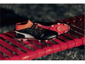 18SS_CONSUMER_TS_Football_PUMAONE_Q1_Product_2726