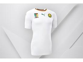 8SS_Consumer_TS_Football_WC_ALLWHITE_CAMEROUN_02