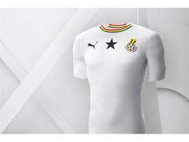 18SS_Consumer_TS_Football_WC_ALLWHITE_GHANA_02