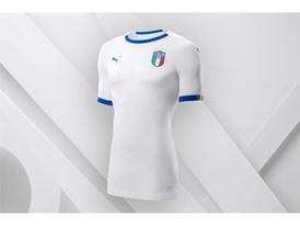 18SS_Consumer_TS_Football_WC_ALLWHITE_ITALY_01