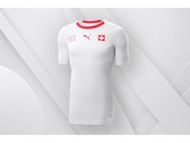 18SS_Consumer_TS_Football_WC_ALLWHITE_SWITZERLAND_01