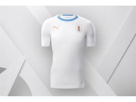 18SS_Consumer_TS_Football_WC_ALLWHITE_URUGUAY_01