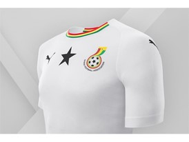 18SS_Consumer_TS_Football_WC_ALLWHITE_GHANA_DETAIL_01
