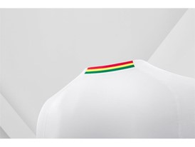 18SS_Consumer_TS_Football_WC_ALLWHITE_GHANA_DETAIL_04