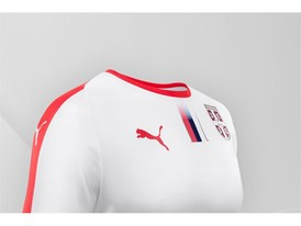18SS_Consumer_TS_Football_WC_ALLWHITE_SERBIA_DETAIL_02