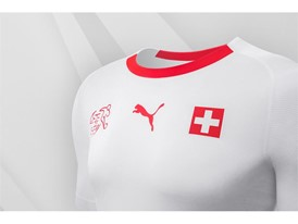 18SS_Consumer_TS_Football_WC_ALLWHITE_SWITZERLAND_DETAIL_03