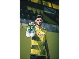 18SS_DIGITAL_IG_TS_FOOTBALL_FUTURE-NEXT_Q2_Dahoud_4.