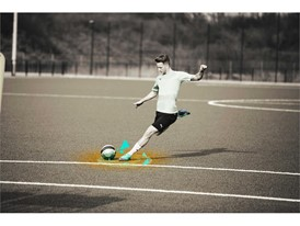 18AW_PR_TS_Football_FUTURE_WC_ACTION1_ONPITCH_REUS_0414_RGB.jpg
