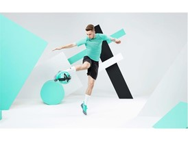 18AW_PR_TS_Football_FUTURE_WC_ACTION5_REUS_0045_RGB.jpg