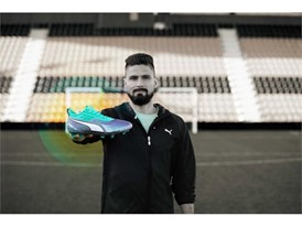 18AW_PR_TS_Football_PUMAONE_WC_PORTRAIT3_ONPITCH_GIROUD_0661_RGB.jpg