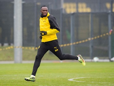 PUMA'S USAIN BOLT TRAINS WITH BORUSSIA